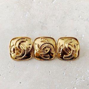 ✨ VINTAGE CHANEL Brooch Pin Triple CC Logo Gold